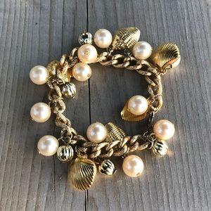 Vintage Lightweight Seashell Faux Pearl Bracelet
